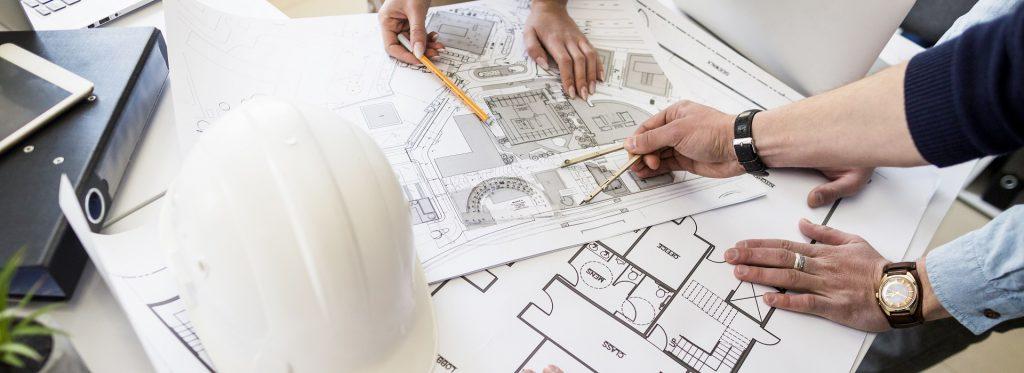 Dlaczego warto skorzystać z usług koordynatora budowy? - Home Designers