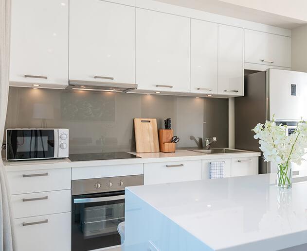 Nowoczesna kuchnia - Home Designers