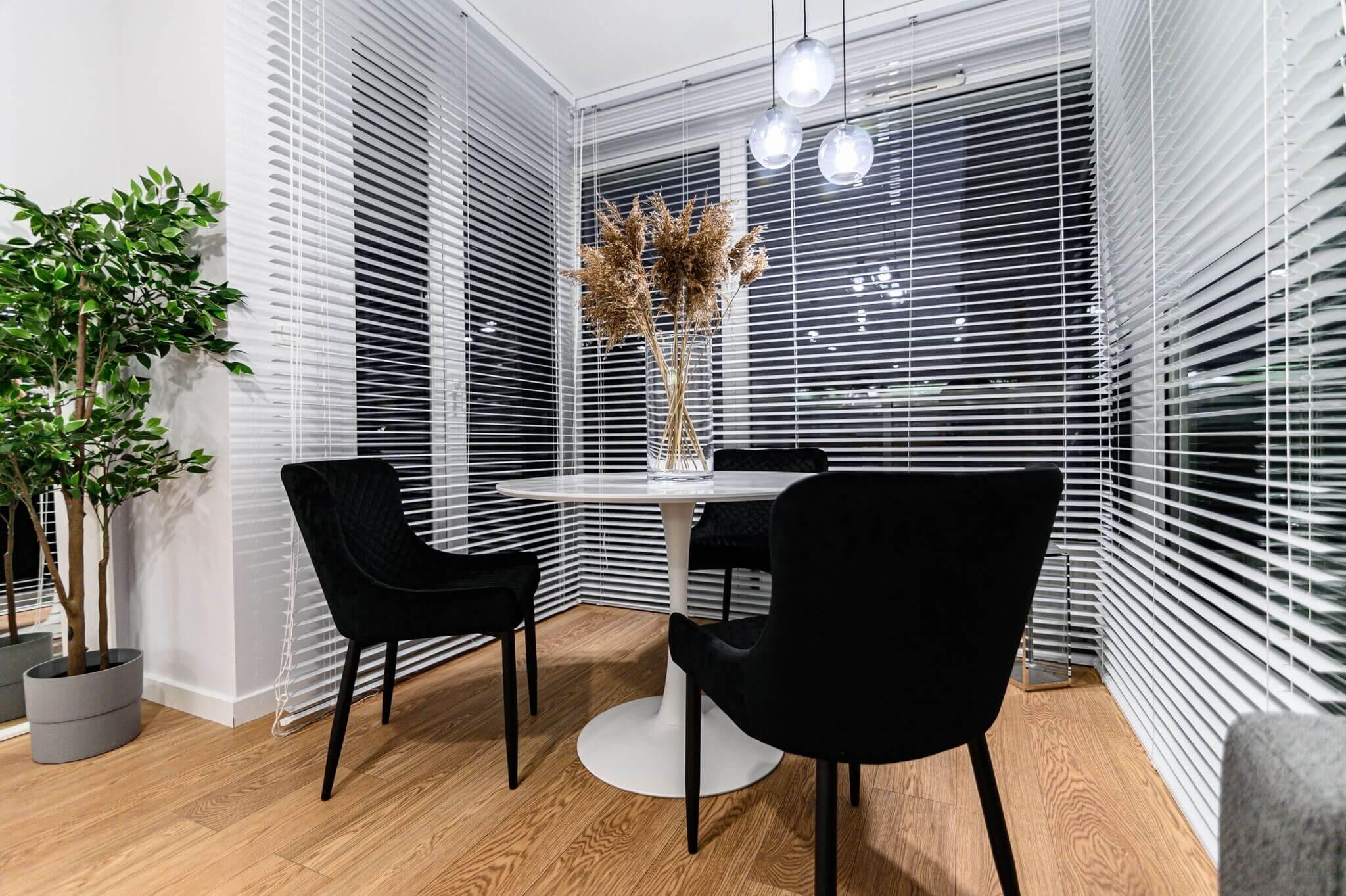 Home-Designers-Mieszkanie-Koscielna-po-remoncie